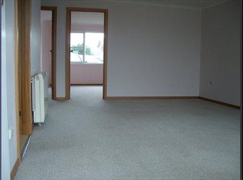 EasyRoommate AU - Two-bedroom very large flat - Newnham, Launceston - $100