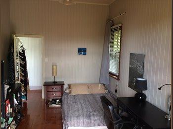 EasyRoommate AU - Room For Rent - New Farm, Brisbane - $250
