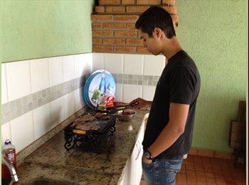 EasyQuarto BR - Gustavo - 19 - Cuiabá