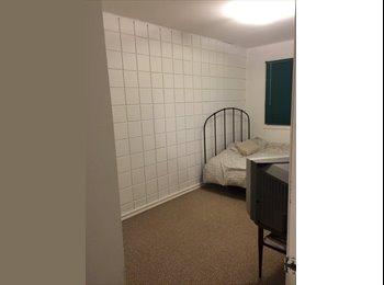 EasyRoommate CA - Room for rent, $500 all inclusive - full laundry - Calgary, Calgary - $500