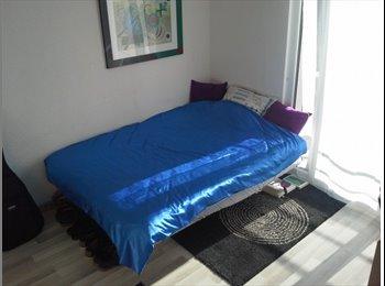 Chambre dans bel appartement à Pully