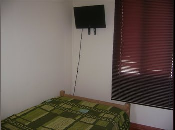 habitacion baño privado tv cable y WiFi