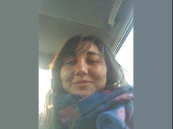 Maria Fernanda - 26 - Profesional
