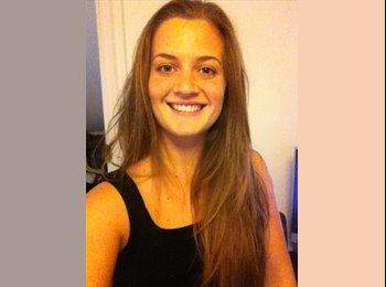 Christina - 23 - Estudiante