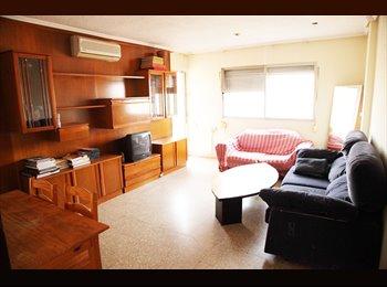 EasyPiso ES - Una habitación 150€ - La Saïdia, Valencia - €150