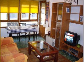 EasyPiso ES - HABITACIÓN DISPONIBLE BARRIO SAN BLAS ALICANTE - Benalúa / san blas, Alicante - €210