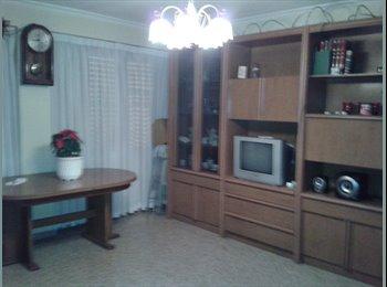 EasyPiso ES - 120€ alqiler habitacion (parquin + 10€/mes) - San gabriel / la florida, Alicante - €120