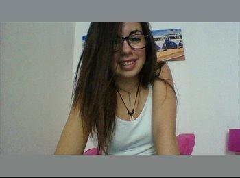 EasyPiso ES - Evelyn  - 19 - Salamanca