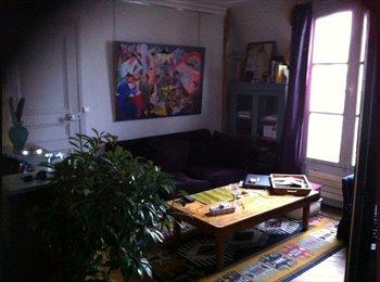 Appartager FR - le calme dans un petit immeuble ancien en plein centre de Paris - Canal St Martin, République. - 11ème Arrondissement, Paris - Ile De France - €650