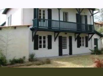 Appartager FR maison avec jardin en colocation à Anglet - Anglet, Biarritz Périphérie, Biarritz - 360 par Mois,€83 par Semaine€0 par Jour€ - Image 1