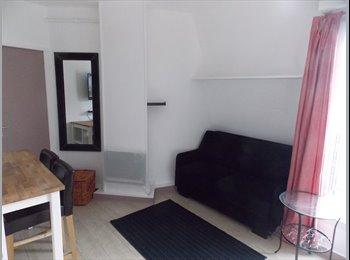 Appartager FR - Studio 20 m² à 200m du M° la Chapelle - 10ème Arrondissement, Paris - Ile De France - €780