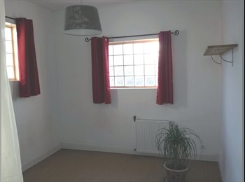 Une chambre se libere dans notre maison