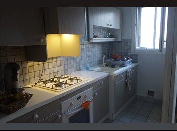 Appartager FR - 1 chambre disponible dans colocation à deux - Grands boulevards, Grenoble - €390