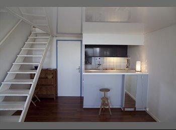 Appartager FR - Duplex 73m2 Cité Radieuse le Corbusier - Rezé, Nantes - €480