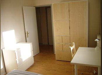 Appartager FR - Belle ch meublée dans coloc internationale - Strasbourg, Strasbourg - €380