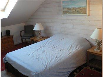Appartager FR - Chambre confortable avec sanitaires privés - Saint-Pryvé-Saint-Mesmin, Saint-Pryvé-Saint-Mesmin - €300