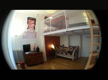 Appartager FR - Montmartre 120 m2 à partager - 18ème Arrondissement, Paris - Ile De France - €1200