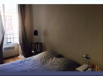 Appartager FR - Grande chambre en colocation Paris 17ème - 17ème Arrondissement, Paris - Ile De France - €844