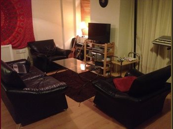 EasyRoommate IE - Room available just outside Temple Bar - Dublin City Centre, Dublin - €650