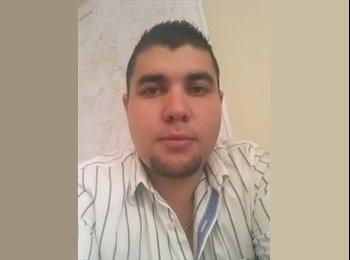 Rodrigo  - 26 - Profesional