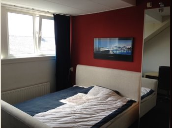 Fully furnised and spacious room CS Rotterdam