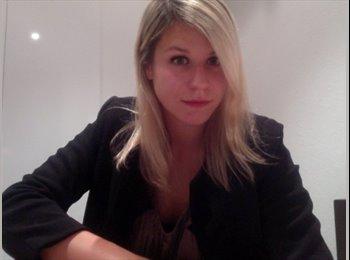 Emilie  - 25 - Werkend