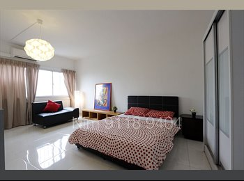 Big Spacious Master Room at Outram MRT!