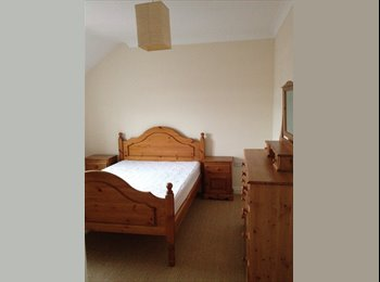 EasyRoommate UK - Large double room with en suite - Fletton - Old Fletton, Peterborough - £450