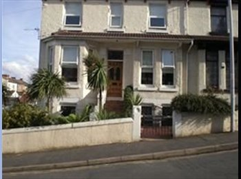 EasyRoommate UK - 1  Comfortable double room available - Wallasey, Wirral - £380