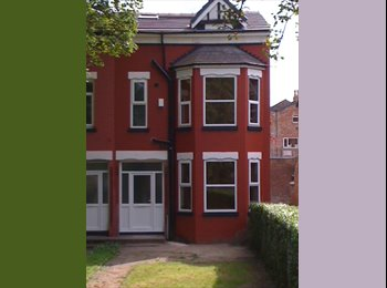 EasyRoommate UK - Fantastic Recently Renovated 6 Bed / 2 Bath House - Fallowfield, Manchester - £390
