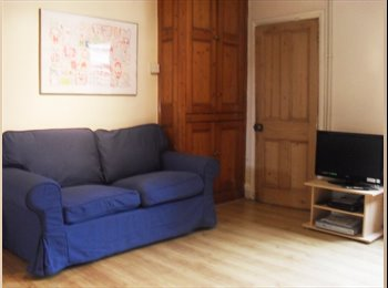 EasyRoommate UK - Lovely 5 Bed Student House in Loughborough - Loughborough, Loughborough - £320