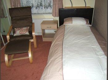 EasyRoommate UK - single room to let - Burnley, Burnley - £300