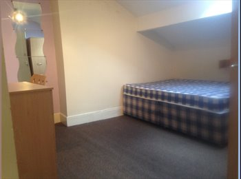 EasyRoommate UK - Great house share! Close to city centre! - Edgbaston, Birmingham - £350