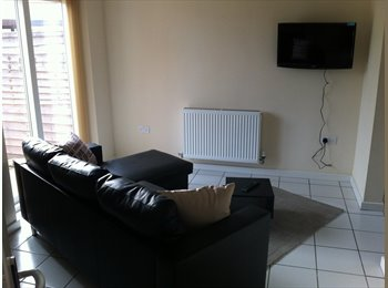 EasyRoommate UK - **EN- SUITE and DOUBLE room in great location** - Hampton, Peterborough - £360
