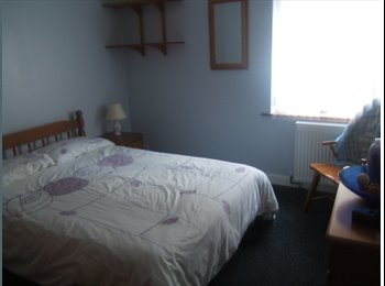 EasyRoommate UK - Comfortable Room in Family Home - West Dorset, West Dorset - £325