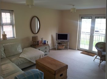 EasyRoommate UK - Double Room, Grd Floor Stretford Marina Apartment - Stretford, Trafford - £340