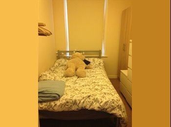 EasyRoommate UK - ROOM AVAILABLE TO RENT IN BRISTOL - Redland, Bristol - £420