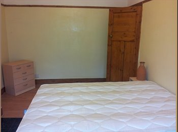 large double room availalbe in Streatham