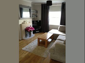 Monday - Friday room available Guildford