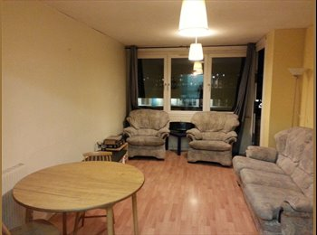 Small double room to rent in the heart of Borough