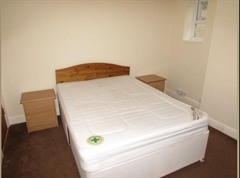 EasyRoommate UK - Large Double room with ALL BILLS INCLUDED(& wifi) - Parkstone, Poole - £395