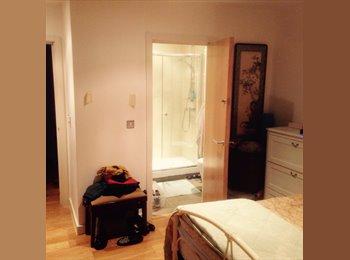 Double Room + en suite 3 mins walk East Croydon