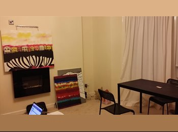 EasyRoommate UK - Cosy and cheap doubleroom near the west end - Glasgow Centre, Glasgow - £300
