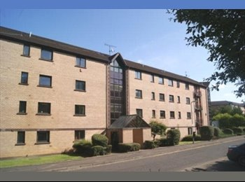 EasyRoommate UK - Lovely Two Bed - Glasgow Centre, Glasgow - £385