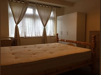 EasyRoommate UK - DOUBLE ROOM AVAILABLE IN WEMBLEY - Wembley, London - £498