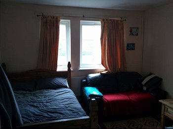 EasyRoommate UK - Very Cosy Double room in Stoke Newington/Dalston - Stoke Newington, London - £715