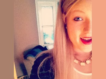 EasyRoommate UK - Emily - 18 - High Wycombe