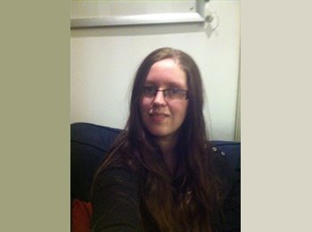 EasyRoommate UK - Lysandra - 19 - Edinburgh