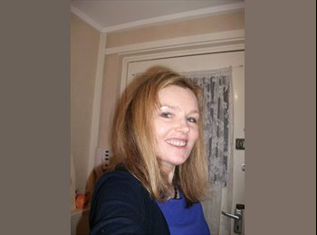 EasyRoommate UK - audrey  - 41 - Glasgow