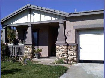 EasyRoommate US - 1 Bedroom/Shared bath in a 3 bedroom house - Murrieta, Southeast California - $500